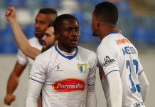 FC Famalicão bate Estoril e assume candidatura à Primeira Liga