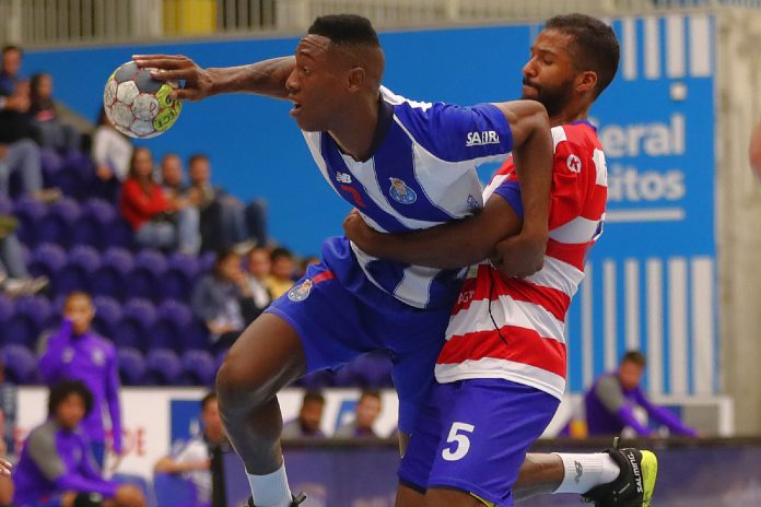Andebol1: FC Porto conquista 14ª vitória consecutiva no campeonato, frente ao SC Horta