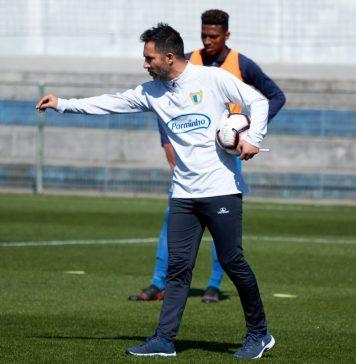 """Carlos Pinto: """"O objectivo do FC Famalicão é subir de divisão"""""""