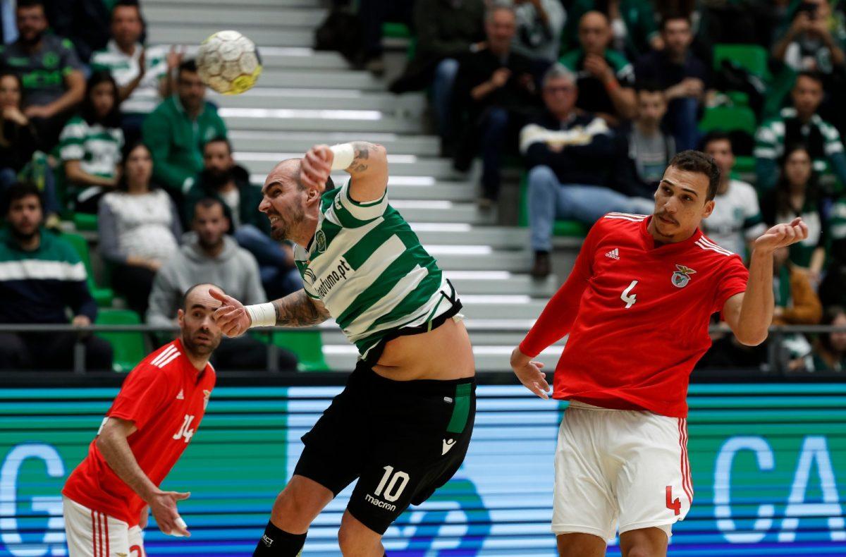 Andebol : Sporting recebeu e venceu o Benfica, por 29-22