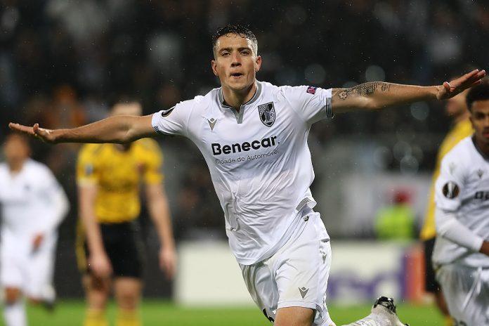 Vitória SC empata com o Arsenal (1-1) e conquista o primeiro ponto no Grupo F
