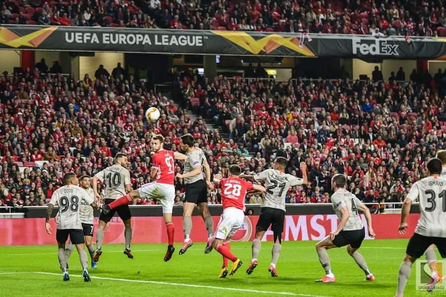Empate na Luz (3-3) elimina Benfica da Liga Europa
