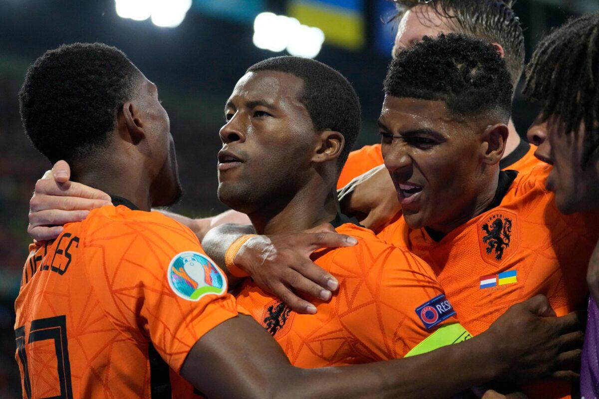 Os Países Baixos derrotaram a Ucrânia (3-2) na estreia no Grupo C